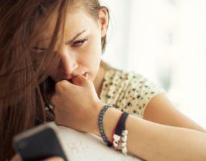 Voiko lainaa hakea pelkällä puhelimella?